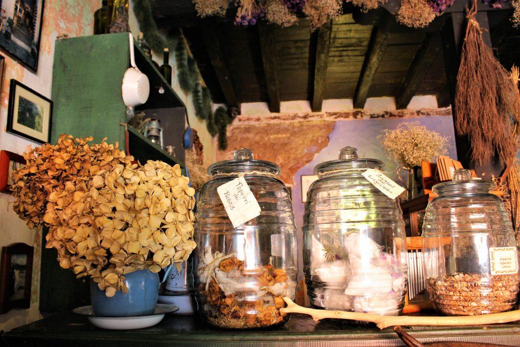 グアテマラ 内装がお洒落な雑貨屋カフェ