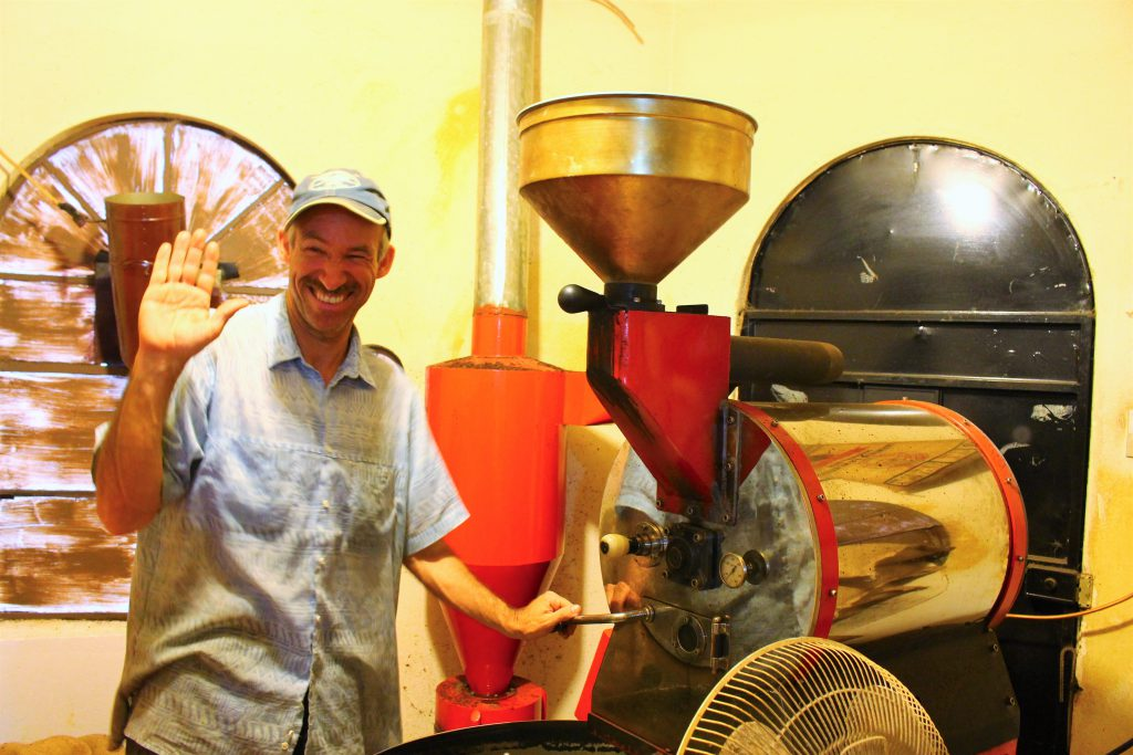 グアテマラ Crossroads Cafe コーヒー豆の保管庫