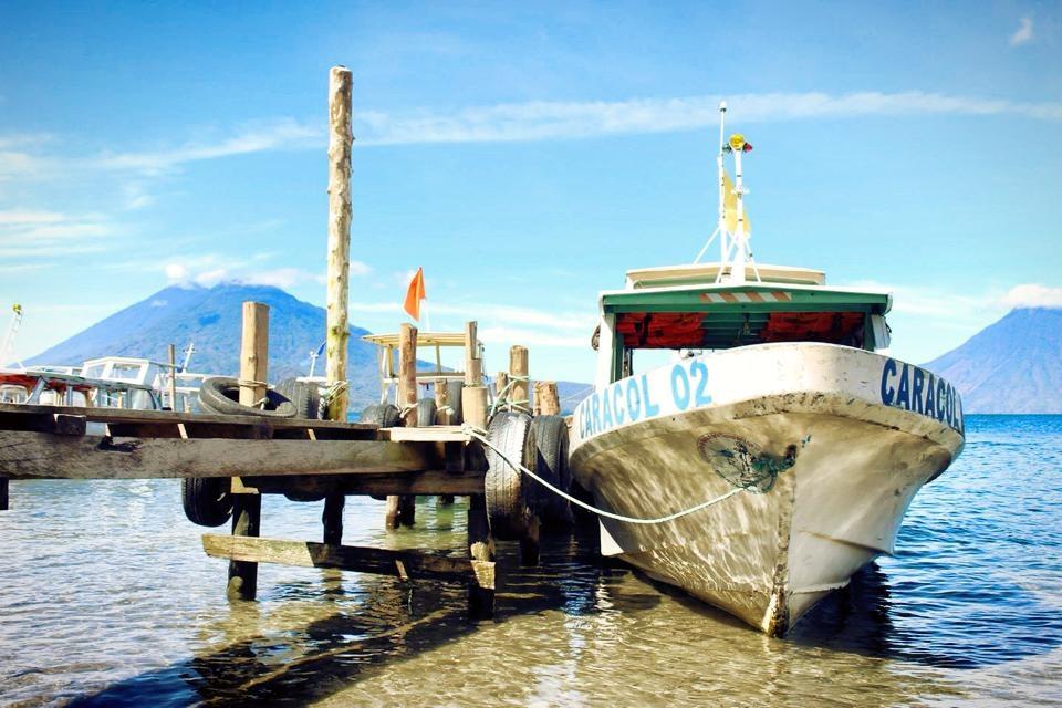 グアテマラおすすめ観光 アティトラン湖行き方