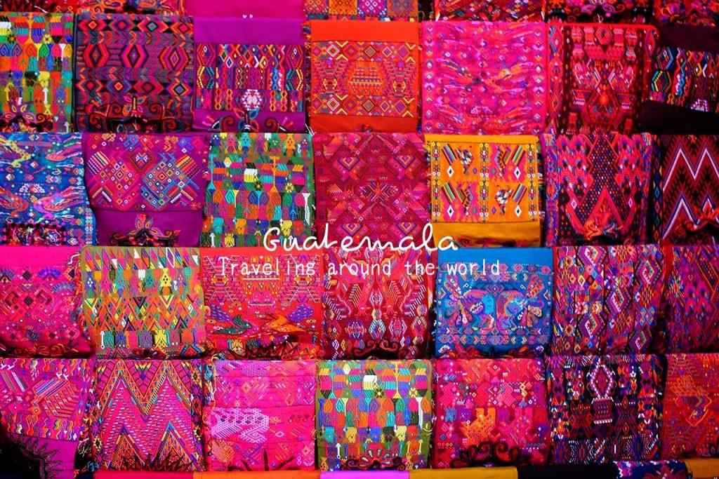 グアテマラの日曜市 民族衣装や民族雑貨が可愛い