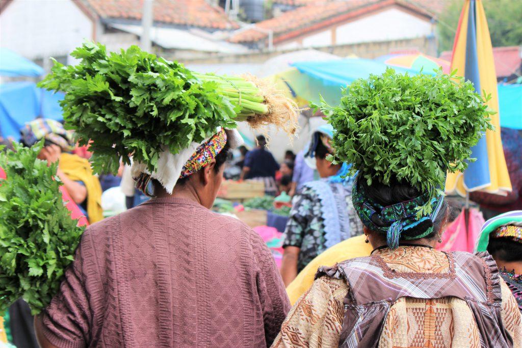 グアテマラの単位はリブラ 食品市場も楽しい