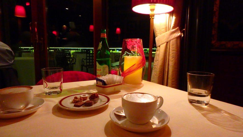ベネチアのおすすめレストラン コース後のコーヒー