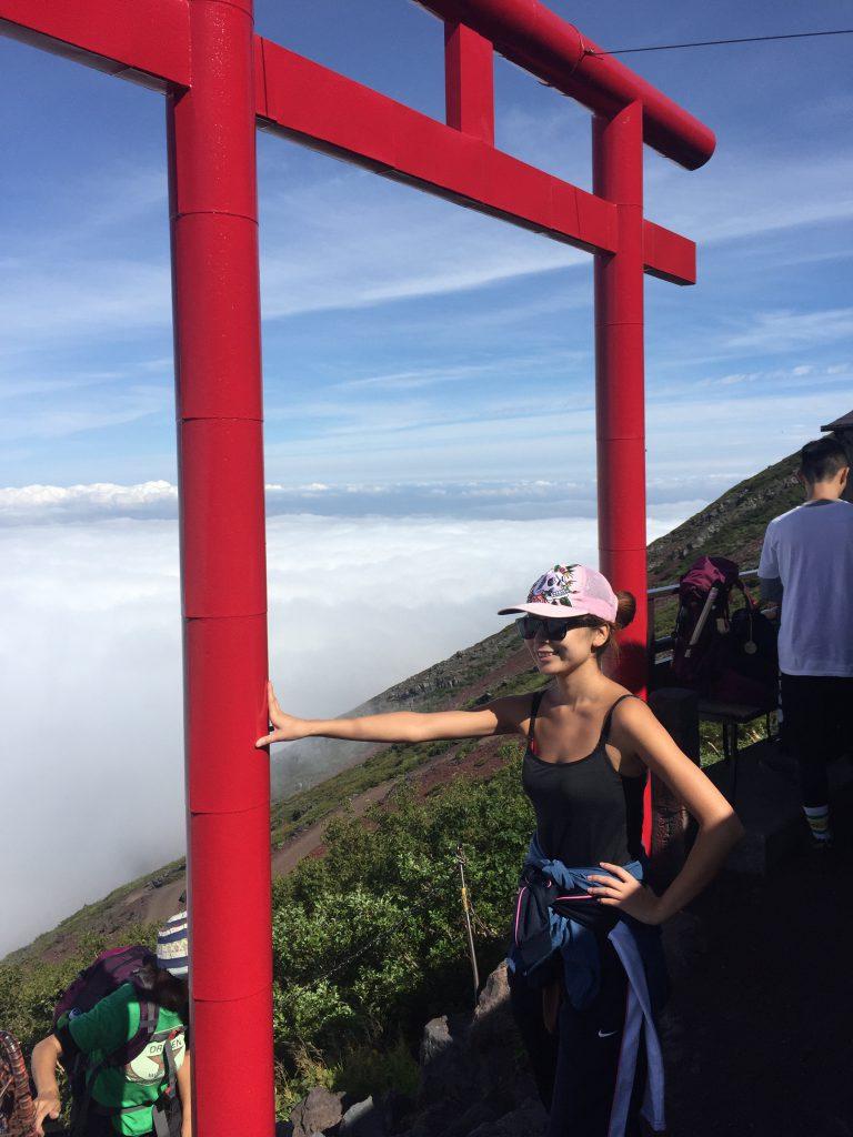 女性の富士登山記 7号目の鳥居