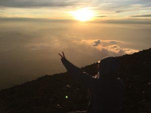 お盆におすすめの国内旅行先 富士登山とご来光