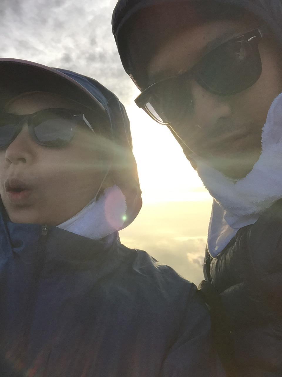 富士登山 山頂のご来光 カップル登山記