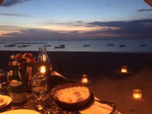 バリ島クタビーチ ロマンティックディナー