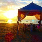 バリ島クタビーチの砂浜で素敵ディナー♡絶景サンセットが見れるお洒落レストラン
