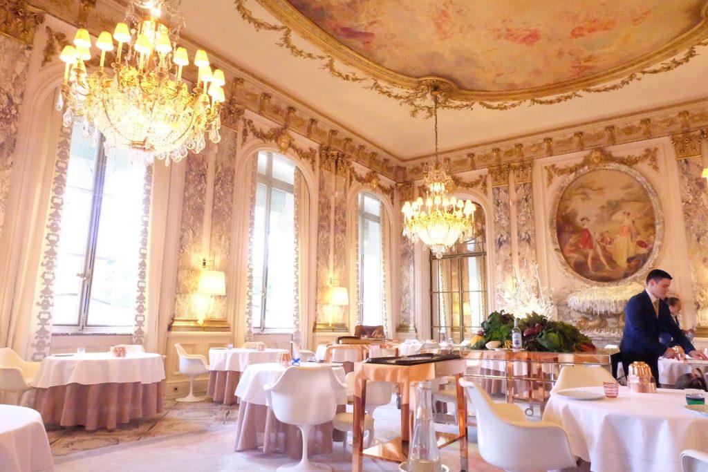 パリでおすすめの高級ホテル ル ムーリスのレストラン