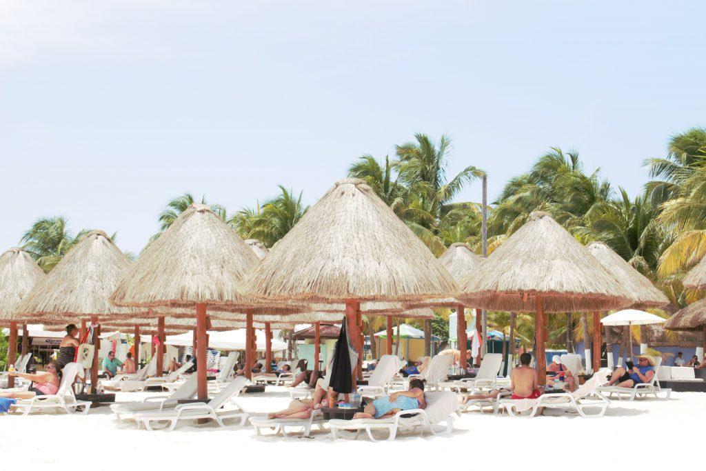 カンクンよりおすすめのビーチ イスラ・ムヘーレス (isla_mujeres)