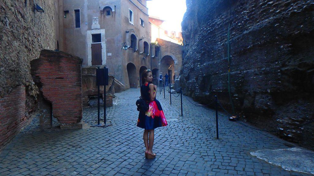 サンタンジェロ城内部 イタリア観光