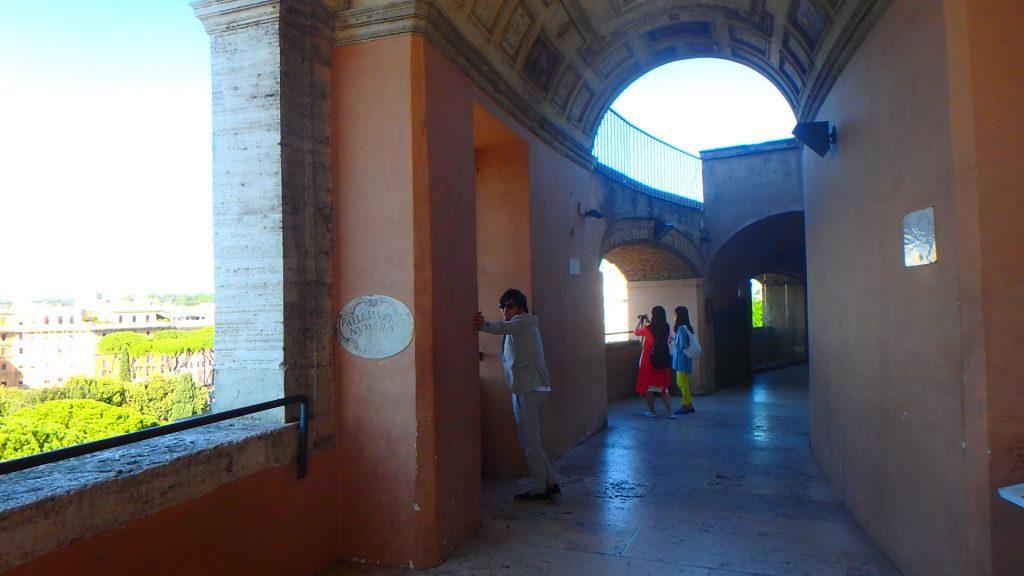 ローマの休日 サンタンジェロ城内部の回廊