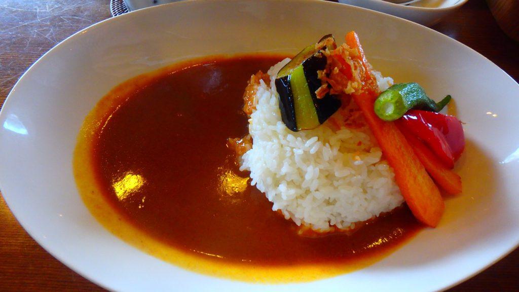 与論島のおすすめ名物 マンゴーカレーが美味しい