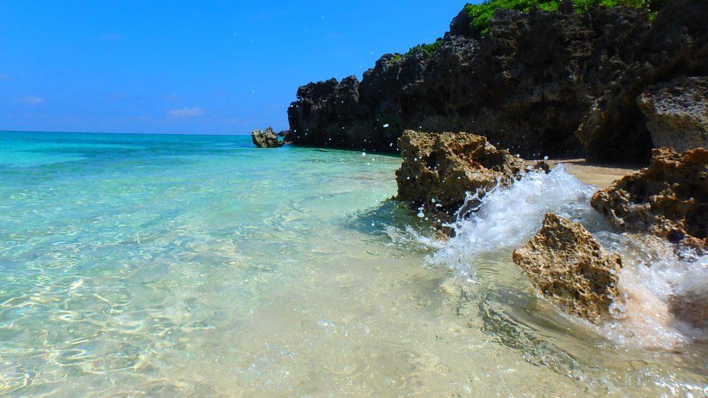 与論島 ウミガメに会える メーラビビーチ