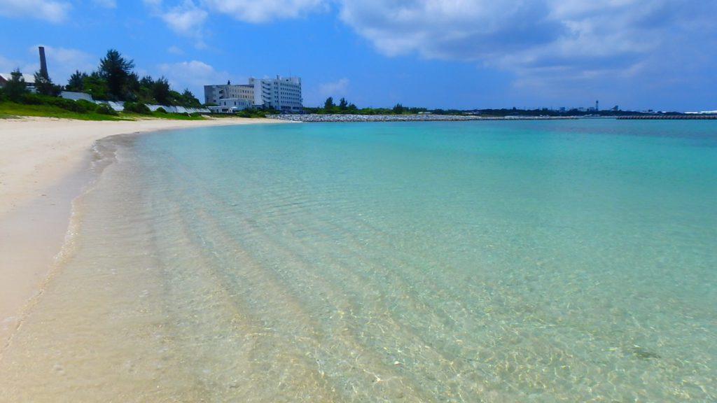 与論島 綺麗なビーチ 茶花海岸