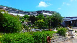 与論島 百合が浜のおすすめホテル ヨロン島ビレッジ