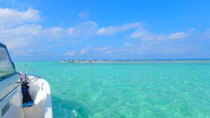 与論島 百合が浜へのアクセス グラスボートで