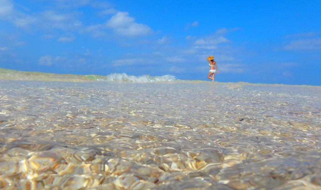与論島 百合が浜の海