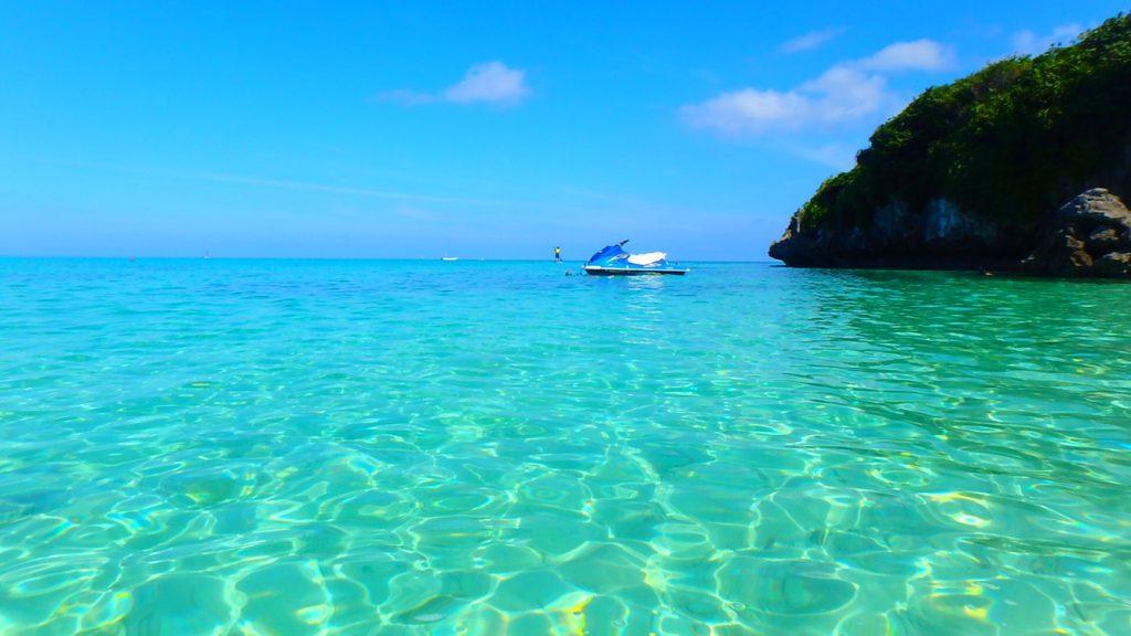 与論島 ゼリーみたいな綺麗すぎる海 アイギ浜