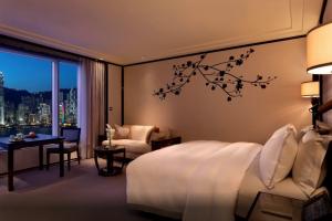 香港 ビクトリアハーバーから夜景が見えるホテル