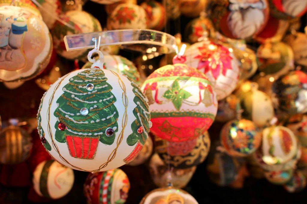 お土産に!チェコのクリスマスオーナメントが可愛い