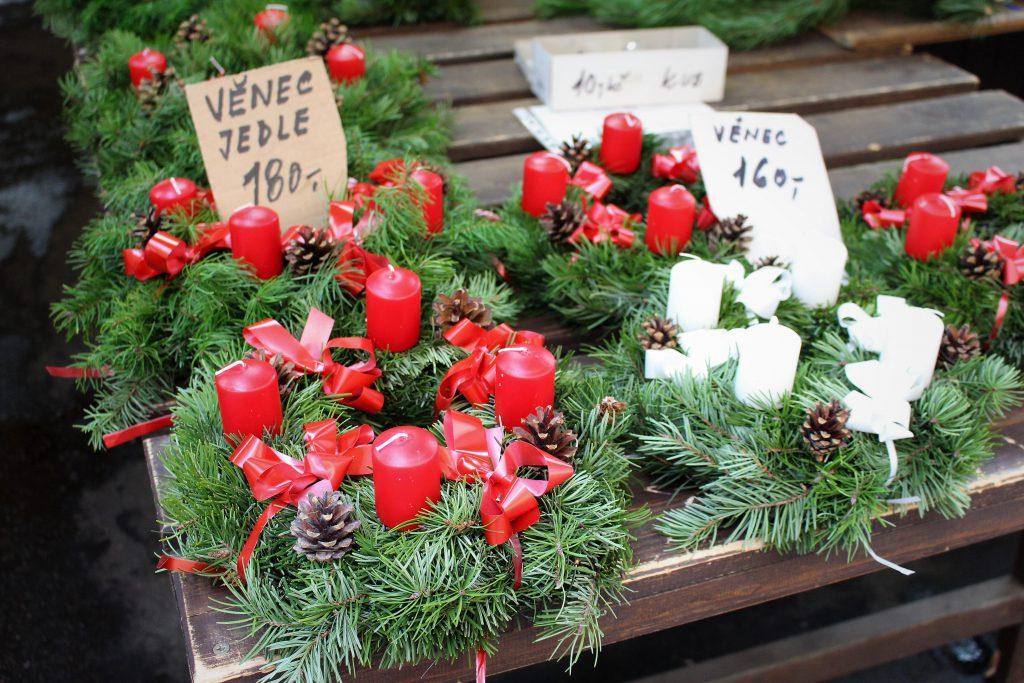 チェコのクリスマスマーケット 4つのキャンドル