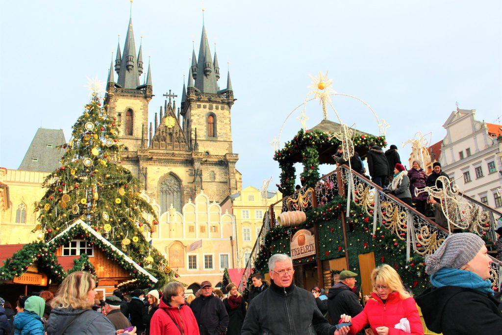 チェコのクリスマスマーケット 旅行記ブログ