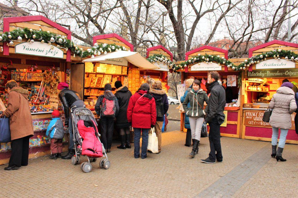 チェコのクリスマスマーケットが可愛い