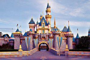 カリフォルニア  ディズニー ランドのお城 眠れる森の美女