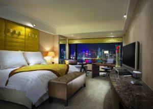 香港の九龍側 部屋から綺麗な夜景が見えるホテル