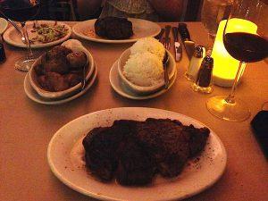 ハワイで一番美味しいステーキレストラン ルースズクリス