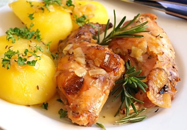 チェコの名物料理 おすすめはウサギのお肉