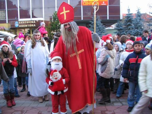 クリスマスマーケットはニコラスデーがおすすめ