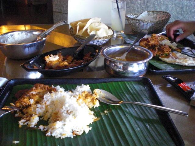 シンガポールのリトルインディアで本場のインドカレー