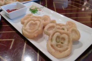 香港ディズニー ミッキーのパンケーキ