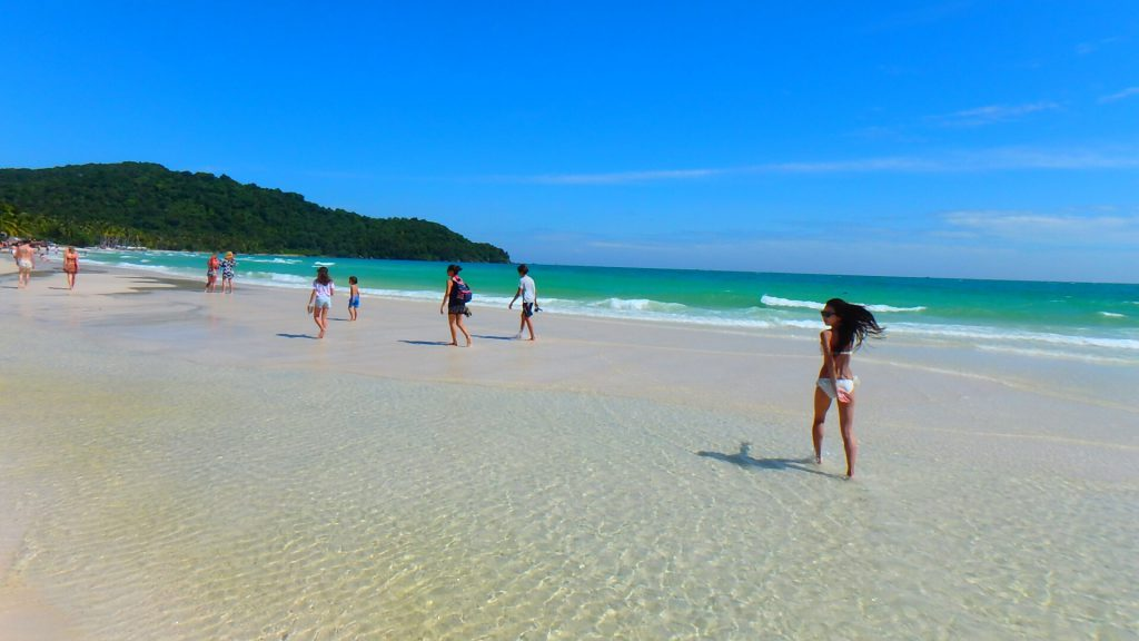 フーコック島の綺麗なビーチ サオビーチ