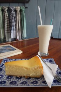 カンボジア Kampotの美味しいチーズケーキ