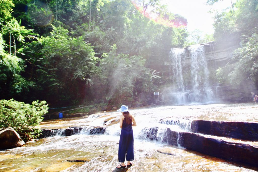 カンボジア カンポットのおすすめスポット 滝