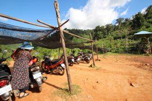 カンボジア Kampot レンタルバイクで川散策