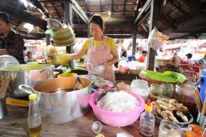 カンボジア Kampotの屋台