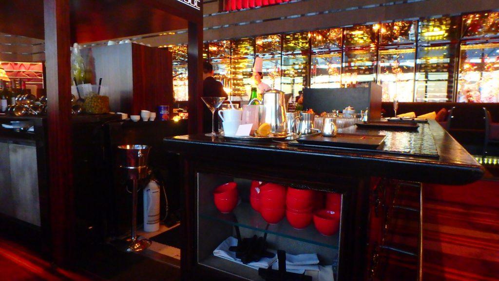 香港リッツカールトン Bar
