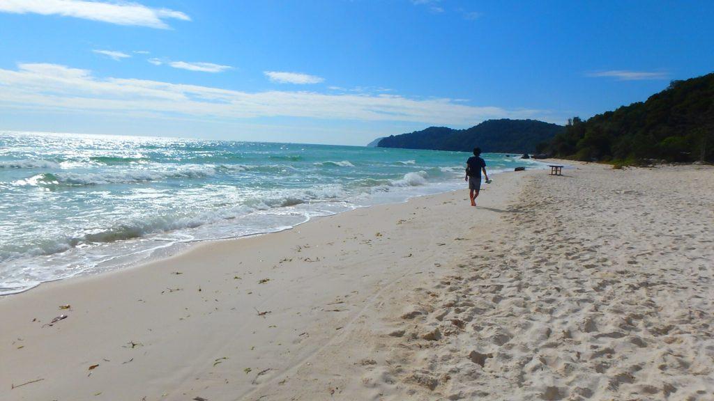 フーコック サオビーチ 自然の残る海岸