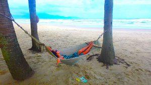 ハワイ旅行での服装 女子 リゾートワンピース