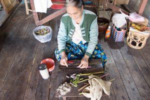 インレー湖の伝統工芸 ロータスファブリック