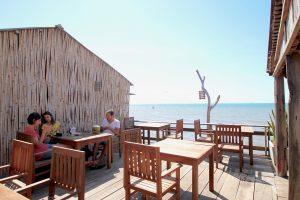 カンボジア ケップ 海沿いレストラン