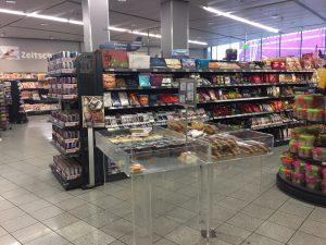 ミュンヘン空港のスーパー ばら撒き土産