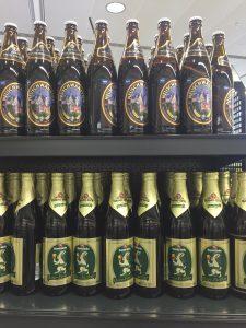 ミュンヘン空港のスーパー ドイツビールが安い