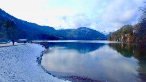 ホーエンシュヴァンガウ城の近くにあるアルプ湖