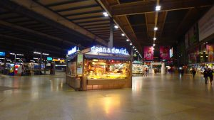 ミュンヘン中央駅 パン屋さん