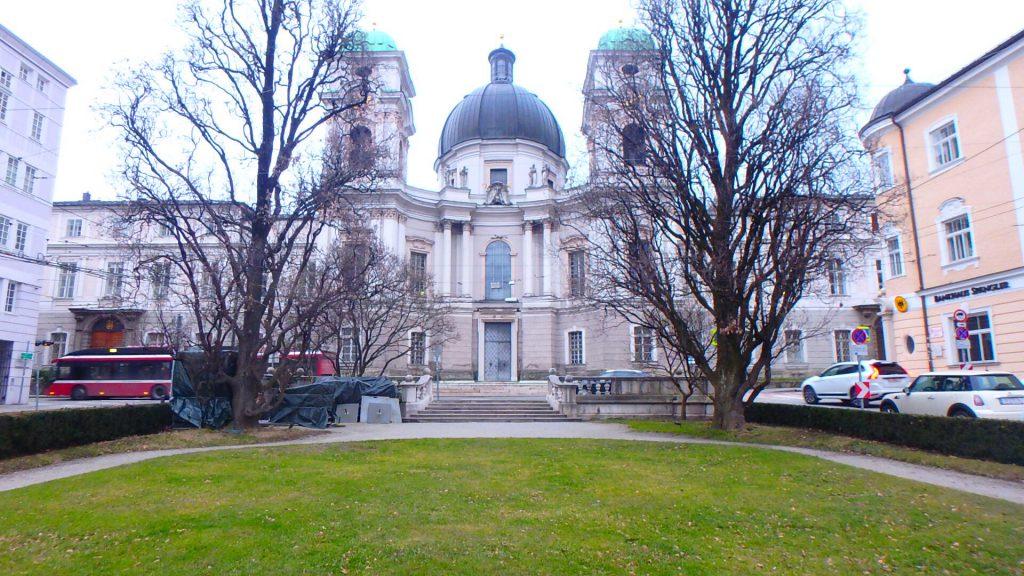 ザルツブルグおすすめ観光 三位一体教会