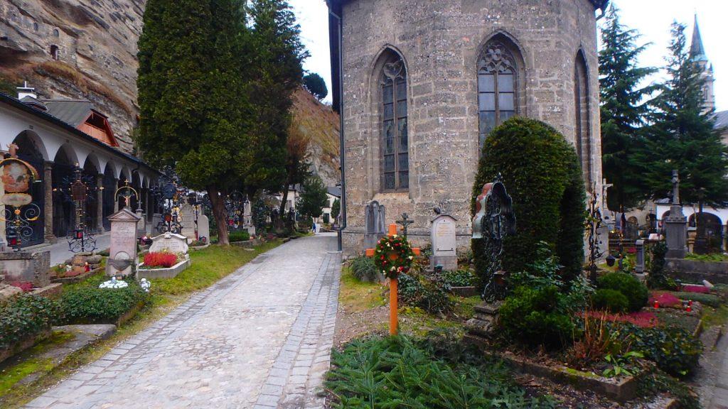 ザルツブルク観光 サウンド・オブ・ミュージックの墓地